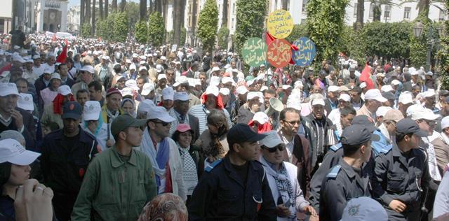 فاتح ماي..مركزيات مغربية تقاطع وأخرى في مسيرة موحدة والحكومة تعد بتجاوز