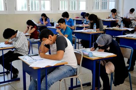 وزارة التربية الوطنية بالجزائر تؤجل امتحانات الباكلوريا