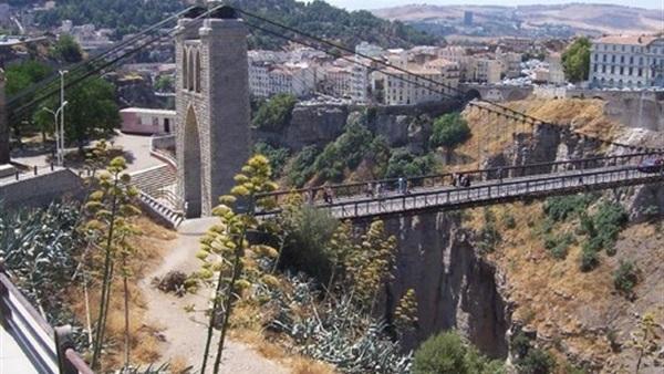 قسنطينة الجزائرية تعيش اليوم حدث افتتاح عاصمة الثقافة العربية