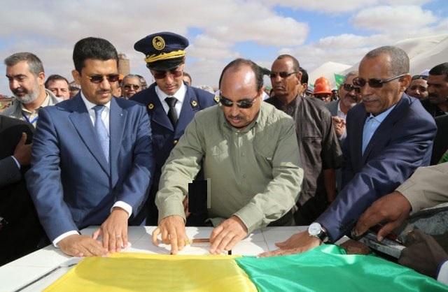 الرئيس الموريتاني يتفق مع مناديب عمال