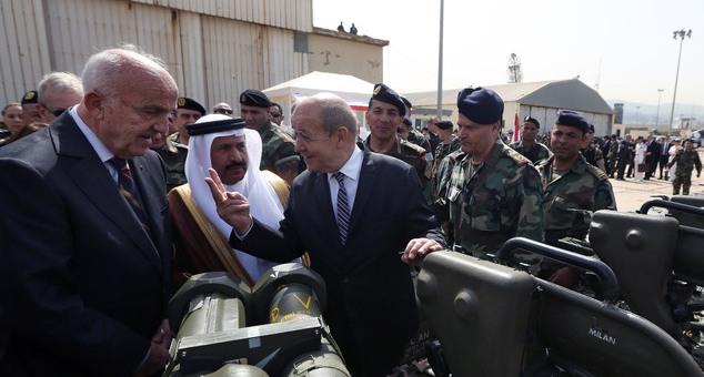 فرنسا تسلم لبنان أول دفعة من صفقة الأسلحة
