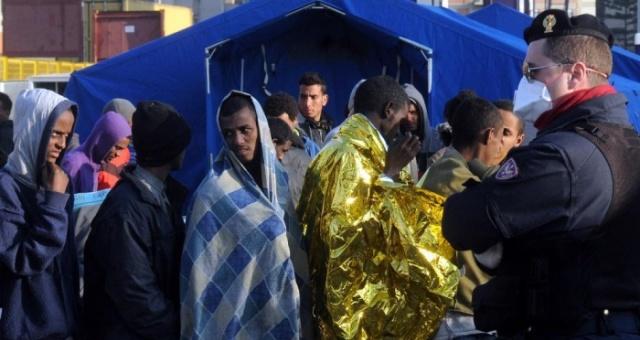حديث عن غرق 400 مهاجر سري قادمين من ليبيا