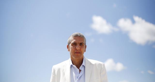 الممثل الجزائري سامي نصري يمثل أمام المحكمة في يونيو