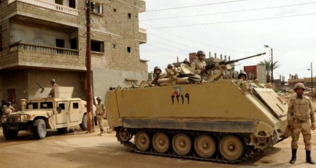 مقتل 10 جنود مصريين في هجومين بسيناء