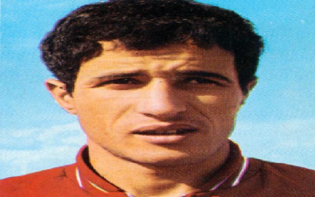 العاهل المغربي: باموس كرس حياته للرياضة المغربية بكل تضحية وشجاعة