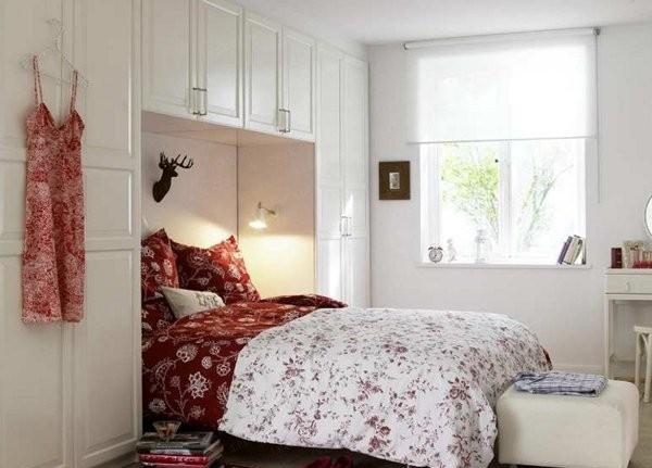 4 طرق مفيدة لترتيب الأثاث في غرفة نومك الصغيرة
