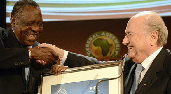 حياتو يعلن دعم الأفارقة لرئاسة بلاتر للفيفا