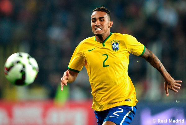 المدافع البرازيلي دانيلو ينتقل لريال مدريد