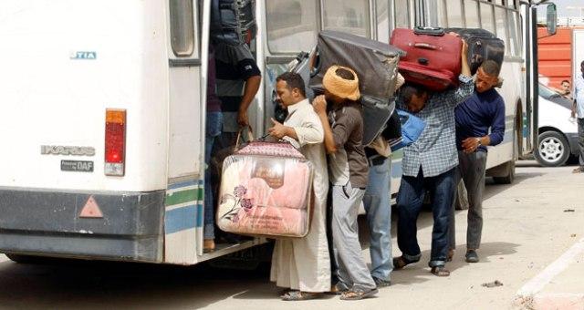 14 ألف مصري عادوا من ليبيا خلال الشهرين الماضيين