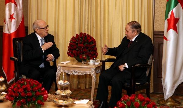 الجزائر تمنح تونس قرضا بقيمة 100 مليون دولار