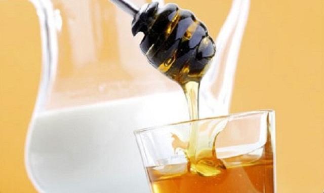 العسل واللبن لحماية بشرتك من حر الصيف