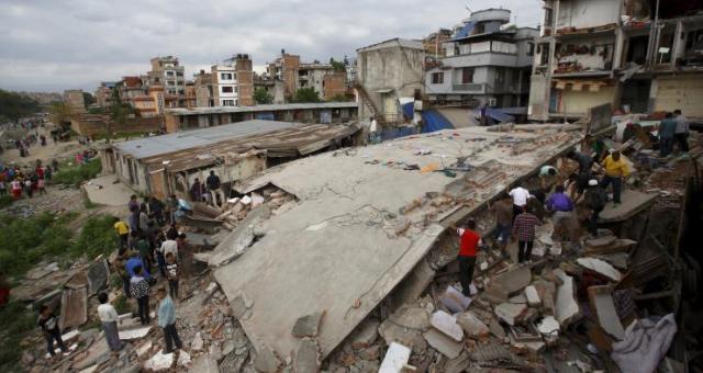 النيبال: حصيلة قتلى الزلزال قد تصل 10 آلاف