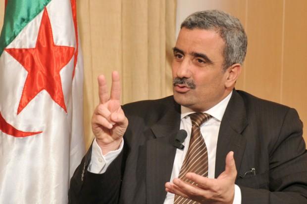 وزير الرياضة الجزائري بمصر لطلب تنظيم كأس افريقيا