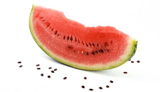 بذور البطيخ تقوي الذاكرة وتنظم السكر في الدم