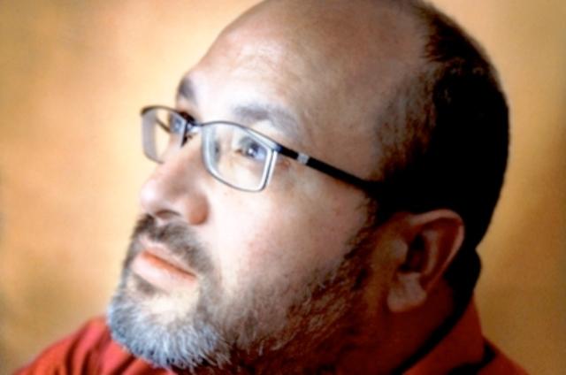 صحافي مغربي يشكو حرمانه من شهادة السكنى ..والجهات المعنية توضح