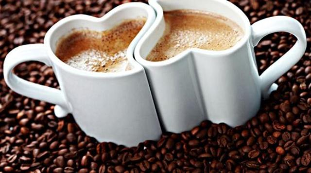 كوب قهوة يوميا يعالج الضعف الجنسي لدى الرجال