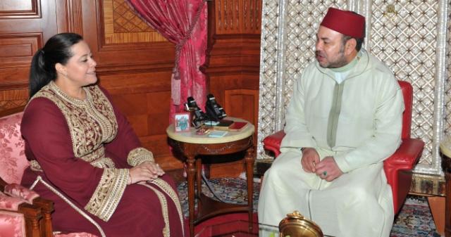 الملك ينوه بجهود مريم بنصالح لترسيخ ثقافة المقاولة المواطنة