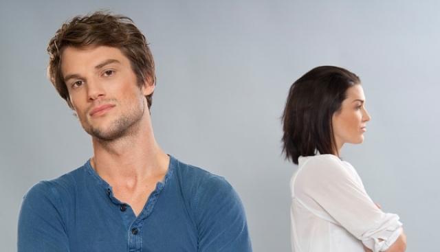 اتبعي 8 نصائح مفيدة للتعامل مع زوجك الفظ