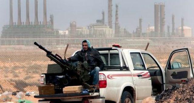 ليبيا: إغلاق حقول نفطية يزيد من تعطيل حركية الإنتاج