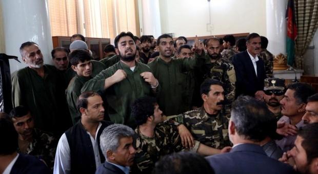 أفغانستان: إدانة قتلة المرأة التي
