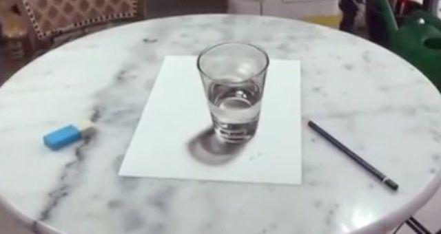 بالفيديو.. هل هذا الكوب رسم ثلاثي الأبعاد؟