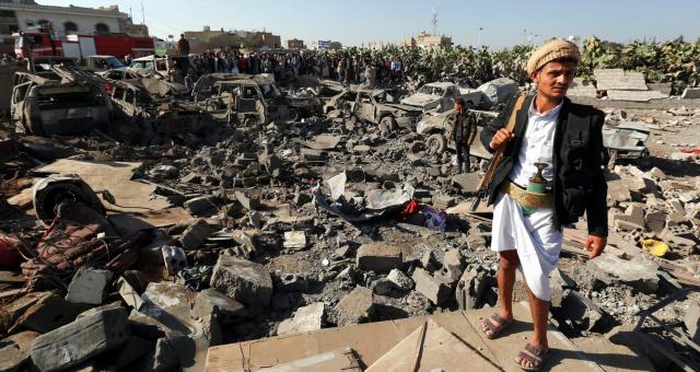 تجدد الغارات الجوية ضد الحوثيين في اليمن
