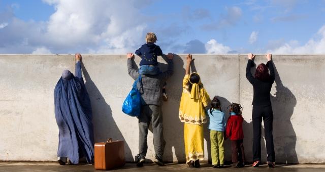 الاتحاد الأوروبي يريد من أعضائه اقتسام عبئ الهجرة السرية
