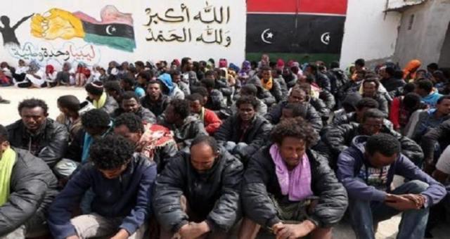 ليبيا: توقيف 580 مهاجر سريا من إفريقيا
