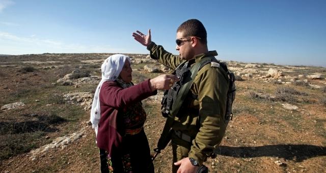 إسرائيل تخلي الأغوار الشمالية من سكانها الفلسطينيين