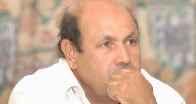 الجزائر بين دخان السياسة ونار الاحتجاجات؟!