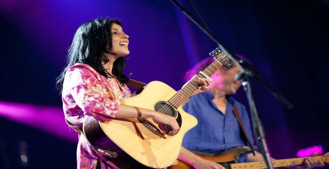 سعاد ماسي تغني بمهرجان