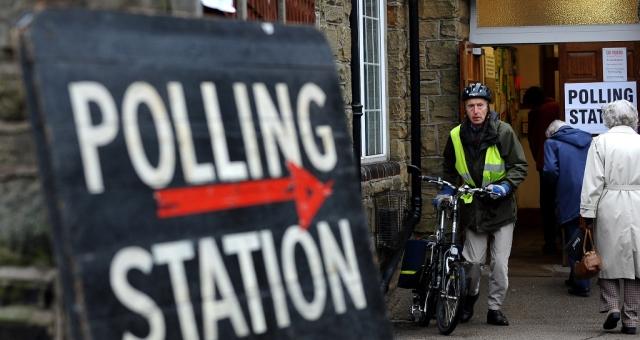 توقعات بتقارب النتائج في الانتخابات البريطانية