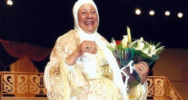 الملك:فاطمة بنمزيان ستظل خالدة في الذاكرة الفنية المغربية