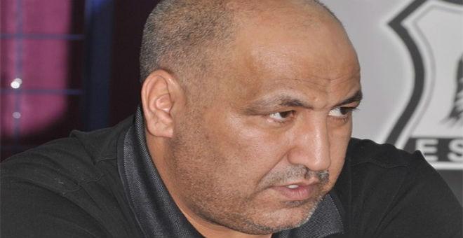 الكاف تعاقب رئيس وفاق سطيف حسن حمّار