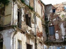 تقرير  رسمي: نصف مليون سكن هش في الجزائر
