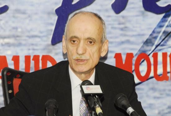 رئيس الرابطة الجزائرية يؤكد استمراره في الرئاسة