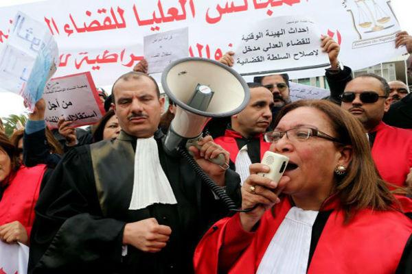 قضاة تونس يعارضون إحداث مجلس أعلى للقضاء