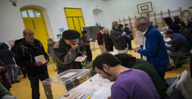 الحزب الحاكم في إسبانيا يخسر الانتخابات الإقليمية