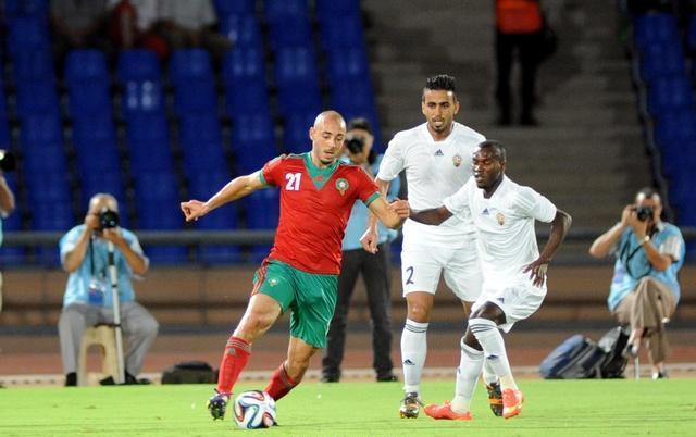 طاقم تحكيم غاني يقود مباراة المنتخب المغربي ونظيره الليبي