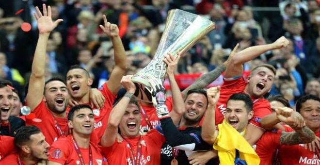 إشبيلية يحرز كأس مسابقة الدوري الأوروبي