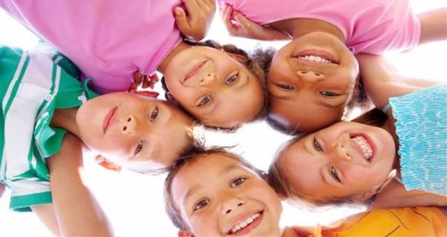 كيف يمكن التعرف على جنسيتك من ابتسامتك؟