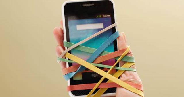 10 علامات تكشف إذا كنت مدمناً على التكنولوجيا