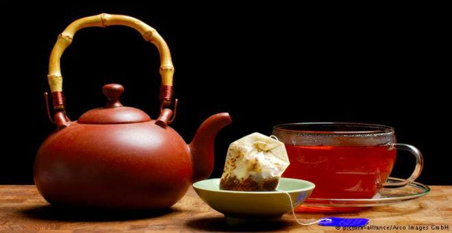 كيف يحافظ الشاي على جمال البشرة والشعر