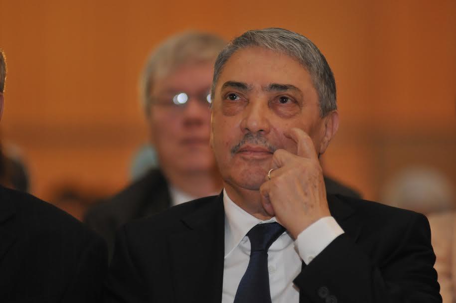 بن فليس: قوى أجنبية تستغل ضعف الجزائر لفرض مصالحها