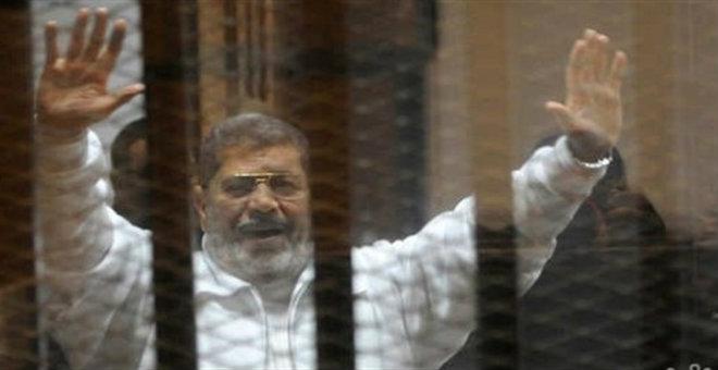 عاجل..مفتي مصر يقدم غدا تقريره في حكم إعدام مرسي
