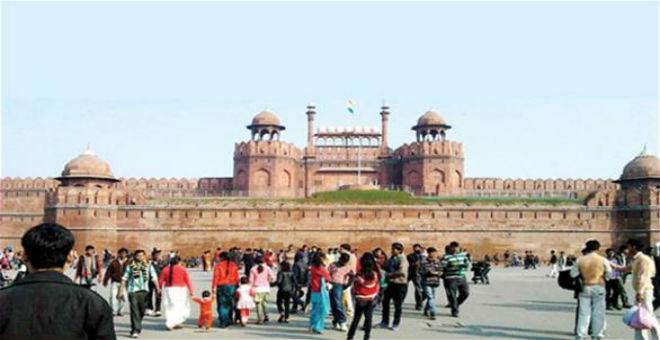 في الهند: فرض غرامة مالية للبصق في الأماكن العامة