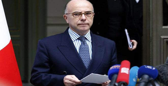 وزير الداخلية الفرنسي: أحبطنا 11 هجوما إرهابيا مشابهاً لأحداث باريس