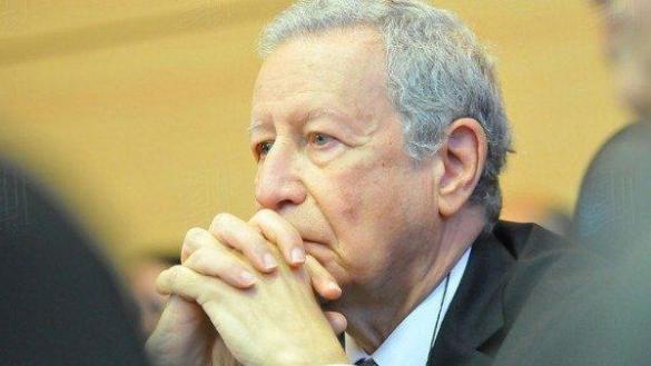الاتحاد يطالب بإقالة الوزير بلمختار