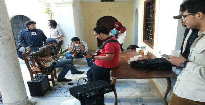 حركة تنوير الليبية: مواجهة الرصاص بالعمل الثقافي
