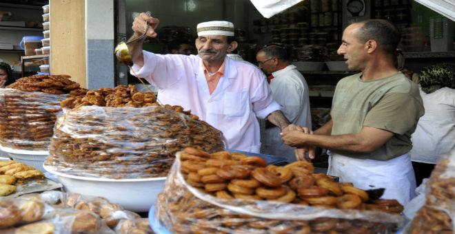 عواشر مبروكة.. تهنئة المغاربة برمضان